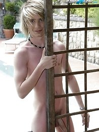 Outdoors: Handsome Hunk Gives Cock-Slut Blond A Never-To-Be-Forgotten Poolside Raw Slamming!
